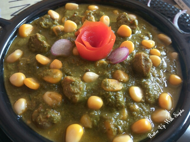 Spinach Curry With Corn soya chunks, Coconut And Almond