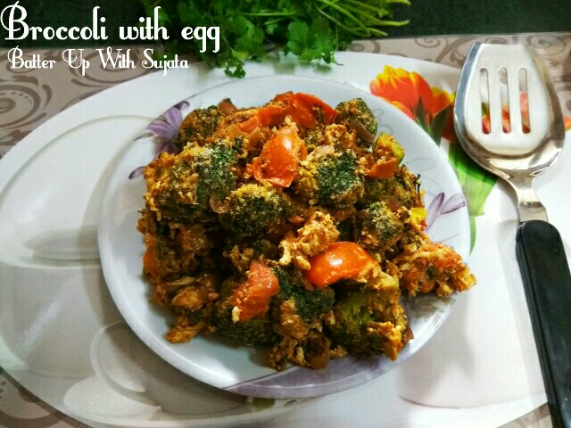 Broccoli With Egg And Tomato