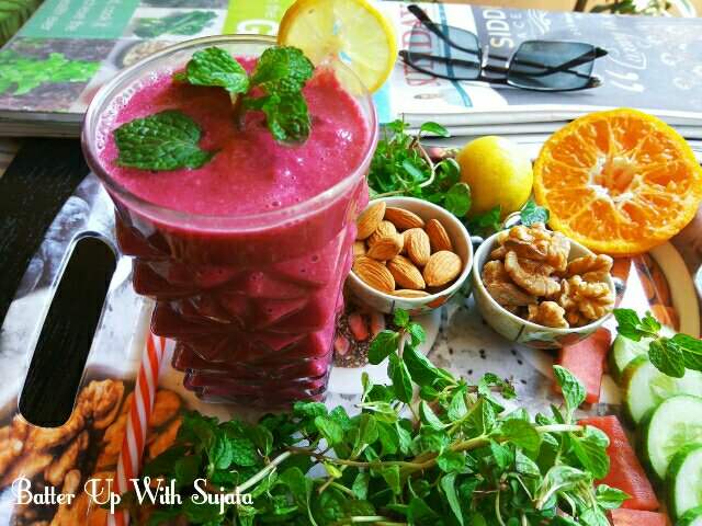 Vegan Fruit And Veggie Smoothie