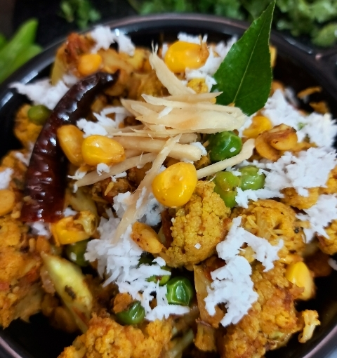 Chatpata Gobhi Or Spicy Cauliflower Stir Fry